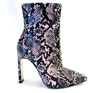 Mistress Rocks Shoes - Haute-couture black and pink heeled boots